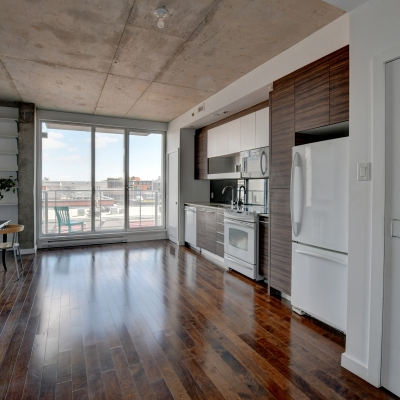 Life Made Easy! Rent to Own an open-concept loft in trendy M9-3